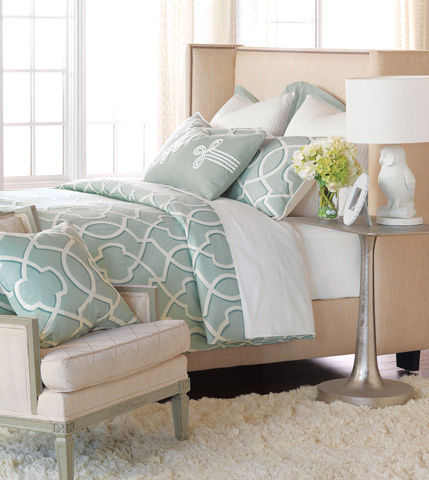 Image of Middleton Queen Bed Set