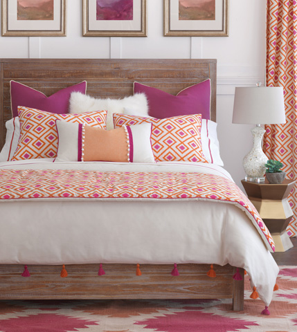 Image of Taylor Queen Bed Set