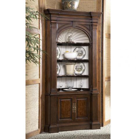 Fine Furniture Design - Warwick Corner Cabinet - 1020-851/852