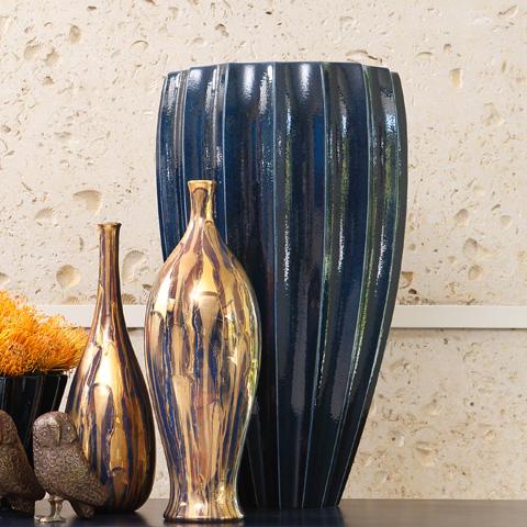 Global Views - Fluted Vase - 1.10278