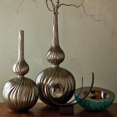 Global Views - Magura Vase - 1852