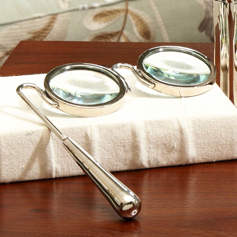 Global Views - Lorgnette Magnifying Glass - 9.92144