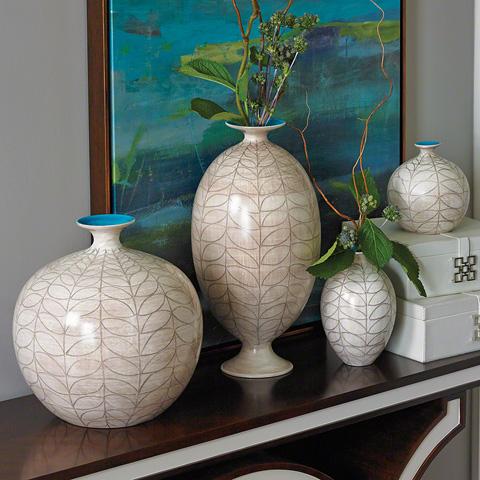 Global Views - Brushed Leaf Egg Vase - 1.10177
