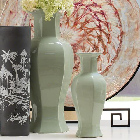 Global Views - Hexagon Old World Vase - 8.82164