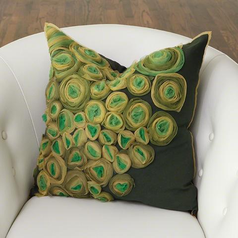 Global Views - Ranunculus Pillow - 9.92560