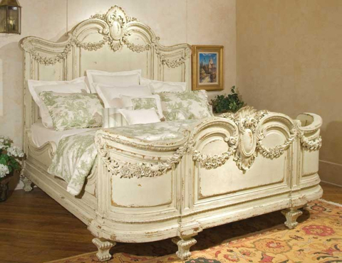 Image of Florentina King Bed with Garland Carving