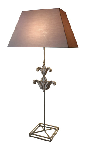 GJ Styles - Bordeaux Lamp with Shade - DF03