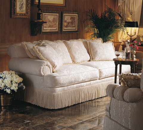 Henredon - Fireside Short Sofa - H9300-B