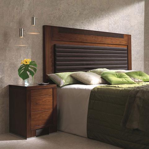 Hurtado - Bedside Table - 304554