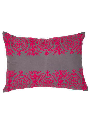 Jaipur Rugs - Traditions Made Throw Pillow - MNP17