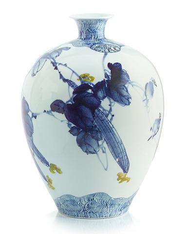 John Richard Collection - Gallery Round Vase - JRA-9015