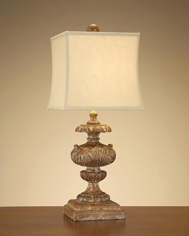 Country Pine Finial Lamp