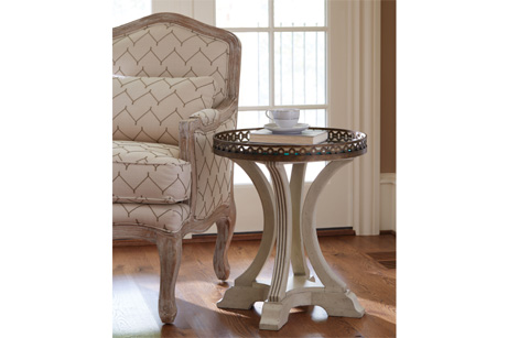 Legacy Classic Furniture - Gallery Round End Table - 5500-805