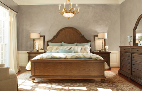 Legacy Classic Furniture - Arched Panel Bed in Queen - 5500-4205K