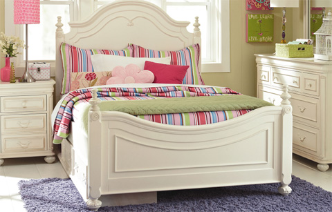 Image of Full Low Poster Bed
