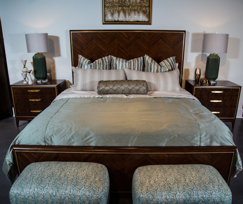 Image of Take Five Collection Queen Bedroom Set