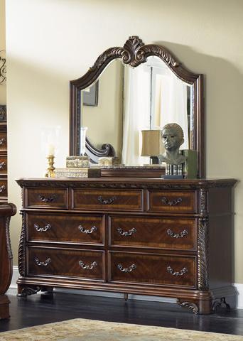 Liberty Furniture - Seven Drawer Dresser - 620-BR31