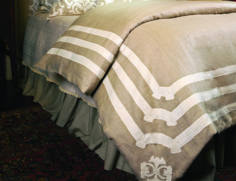 Image of Angie Natural Linen with White Duvet