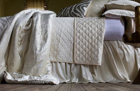 Lili Alessandra - Chloe Ivory Velvet Bedding Package - CHLOESET4