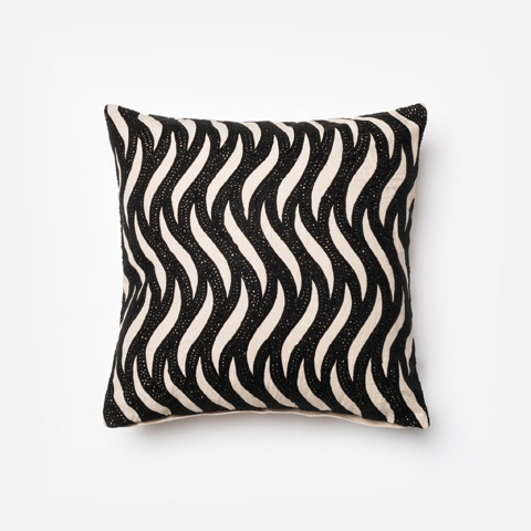 Loloi Rugs - Natural and Black Pillow - P0157 NATURAL / BLACK