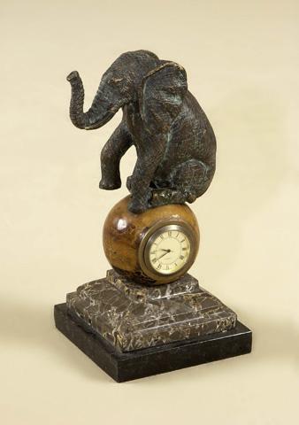 Maitland-Smith - Cast Brass Elephant Table Clock - 1358-039