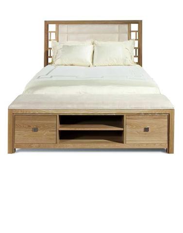Cambridge Mills - Queen Upholstered Bench Bed - 2607-5/0