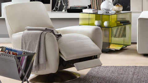 Image of Genny Swivel Chair