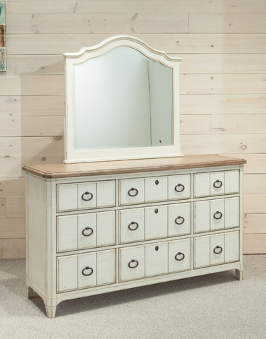 Panama Jack - Nine Drawer Dresser - 112-140