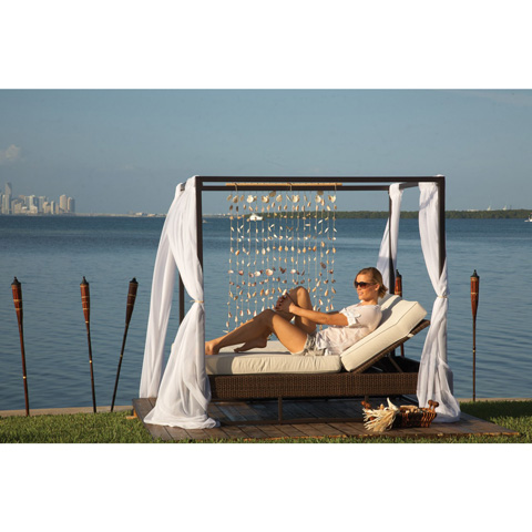 Image of Atlantis Patio Daybed with Curtains