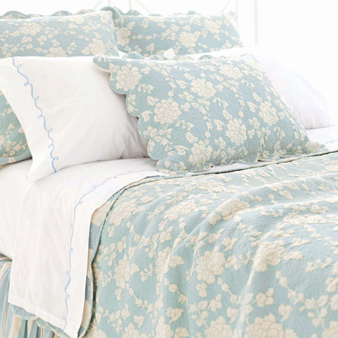 Pine Cone Hill, Inc. - Madeline Blue Quilt - King - Q227K