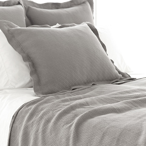 Pine Cone Hill, Inc. - Interlaken Fieldstone Matelassé Coverlet in Queen - M13FQ