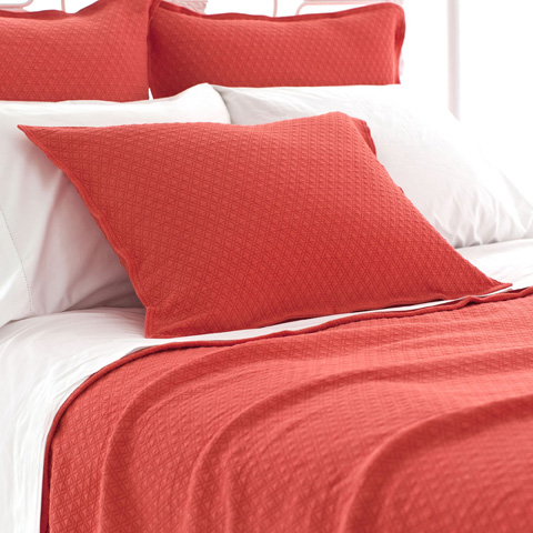 Pine Cone Hill, Inc. - Diamond Tiger Lily Matelassé Coverlet in Queen - M15TLQ