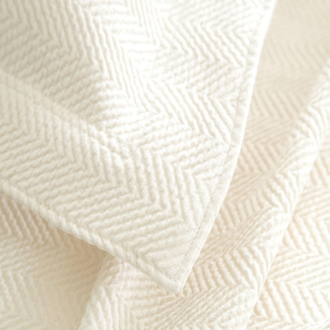 Pine Cone Hill, Inc. - Herringbone Ivory Matelassé Coverlet in Queen - M7HBIQ