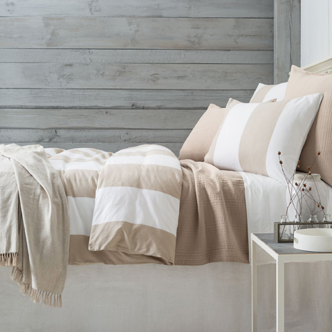 Image of Spinnaker Stripe Natural Duvet Cover in Queen