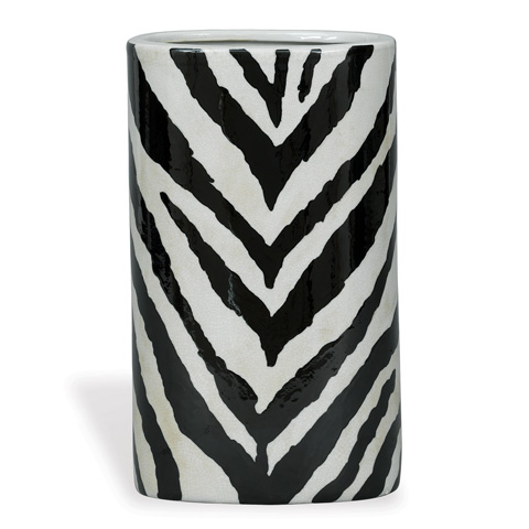 Port 68 - Kenya Oval Vase in Black - ACBS-111-10