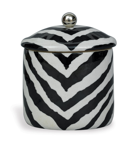 Port 68 - Kenya Oval Small Box in Black - ACDS-111-05