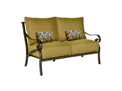 Image of Veracruz Cushion Loveseat