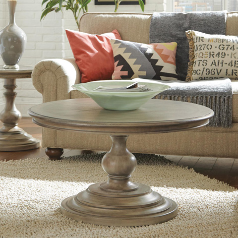 Riverside Furniture - Round Coffee Table - 21502