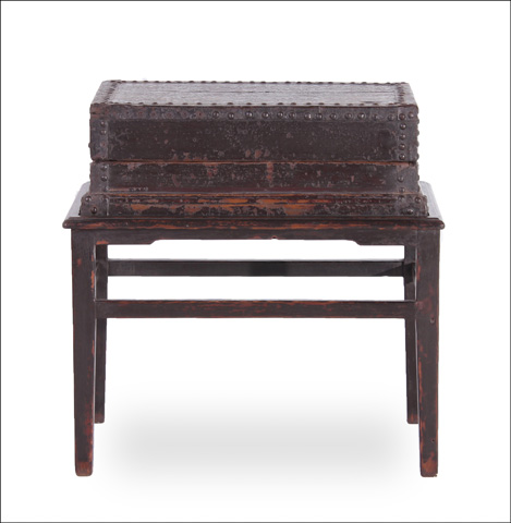 Sarreid Ltd. - Hampton Box On Stand - 30021