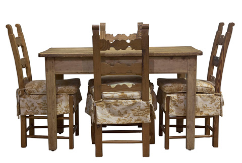 Image of Cah-Pine Breakfast Table And Chairs Set