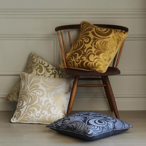 Sferra Bro Ltd - Decorative Pillow - 10542HNY