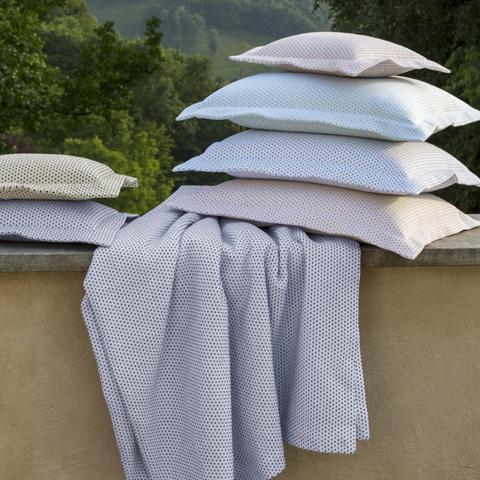 Sferra Bro Ltd - Decorative Pillow - 4225IBK