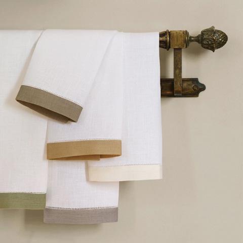 Sferra Bro Ltd - Tissue Box Cover - 784TISSUEBOXALM