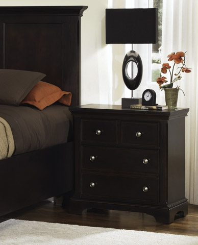 Vaughan Bassett - Merlot 3 Drawer Nightstand - BB76-226