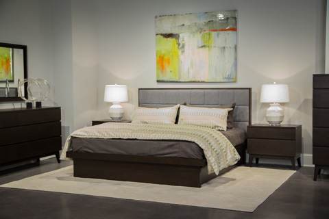 Image of Serra Collection Queen Upholstered Bedroom Set