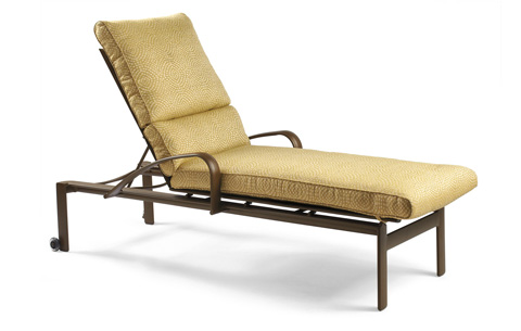 Winston Furniture Company, Inc - Chaise Lounge with Skate Wheels - M29009