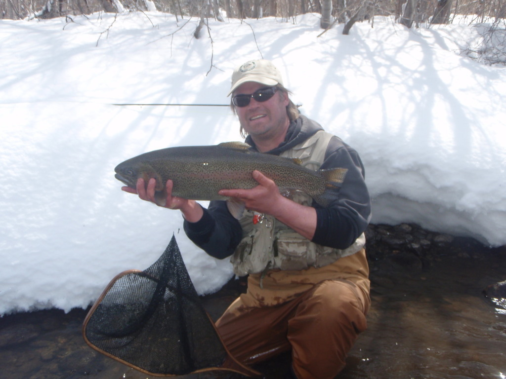Top 10 winter flies for colorado rivers orvis news for Best trout fishing in colorado