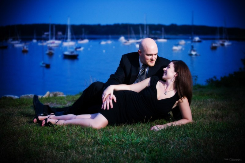 kittery marina at sunset for engagement pictures