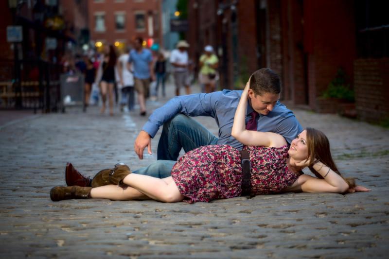 portland engagement photoshoot on cobblestones