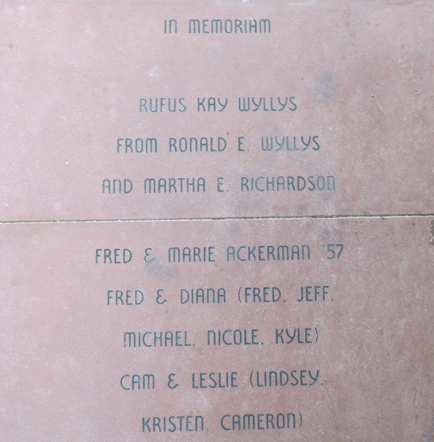 Alumni Brick - Family or Group